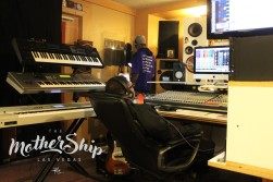 PABLO SKYWALKER + DJROB313 IN THE MOTHERSHIP BY DLG (5)